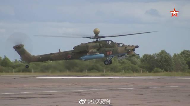 俄罗斯西部军区陆航部队接装米-28UB武装直升机