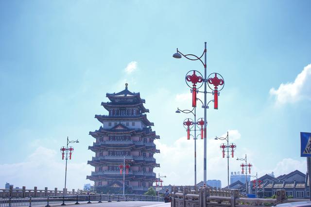 广东有一座鹅城,拥有1700多年历史,也有一座西湖,环境宜居
