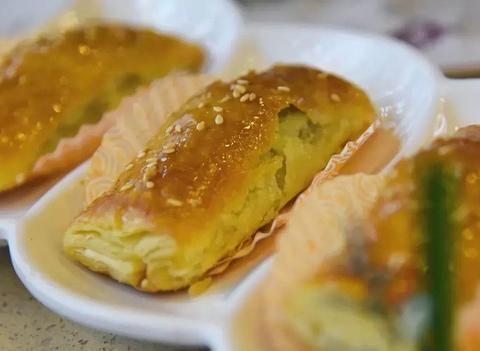 广东处处有茶点,但本地人和外地人吃法不一样,一眼就能看出