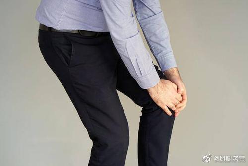 下楼时膝盖疼痛最常见的有可能是这几个原因