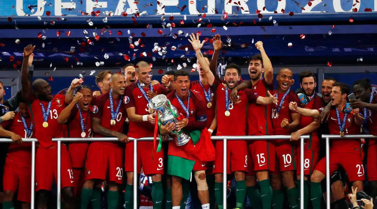 4年前的今天,葡萄牙队在法兰西大球场进行的欧洲杯决赛中……