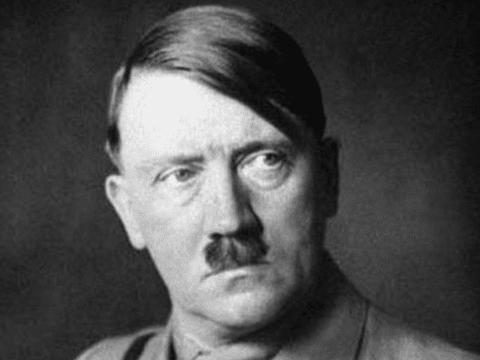 德军将领们在回忆录中表现出对希特勒的鄙夷其实是在推卸责任