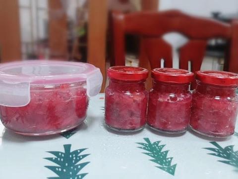 """美味养颜的""""水蜜桃果酱"""":酸酸甜甜做法简单,让你爱上夏天"""
