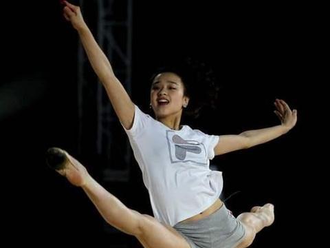 韩国体操女神孙妍在,表白宁泽涛被拒,自曝初吻还在,26岁仍单身