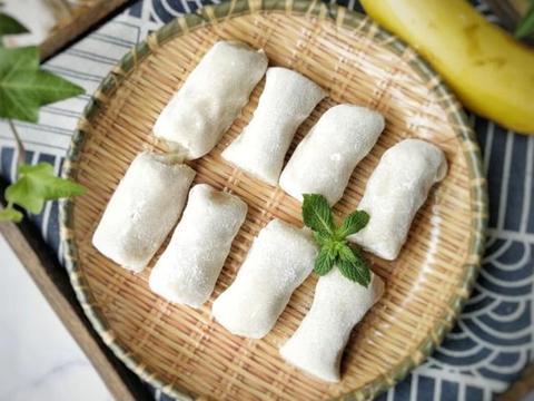 夏日美味甜点,香蕉糯米糕,做法简易上手快,一点都不腻
