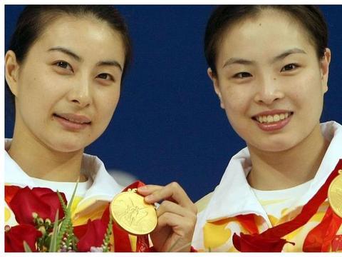 作为跳水冠军,吴敏霞拥有辉煌的成绩,帮助丈夫成为豪门