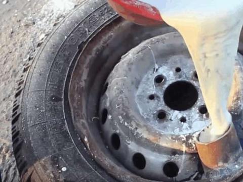 男子实验把非牛顿流体倒入汽车轮胎里面, 没想还有这种炫酷玩法