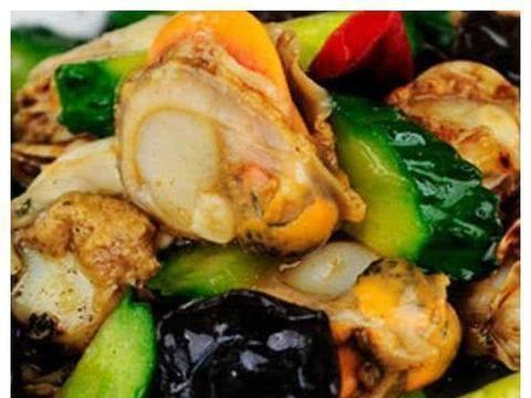 美食精选:茭白肉丝、梅干菜烧肉、黄瓜木耳炒扇贝、南瓜仔炒肚丝
