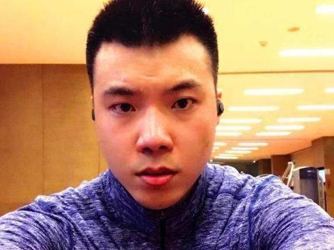 黄毅清被判有期徒刑15年,周立波点赞庆祝,他的大仇终于报了