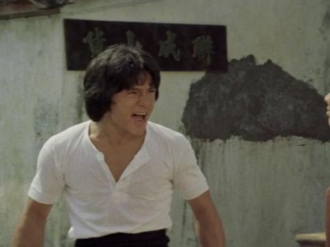 他是中国最牛演员,5个儿子都是巨星演员,大儿子比周星驰还火?