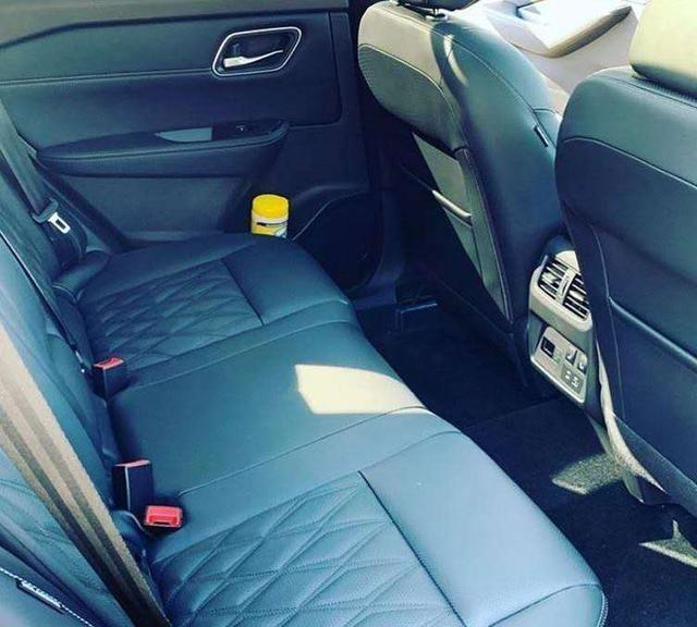 """日产奇骏""""变身""""运动SUV,后排配座椅加热,车尾带字母很高级"""