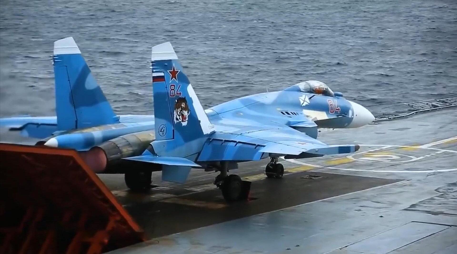 超燃!俄罗斯海军库兹涅佐夫号航空母舰最新宣传视频!