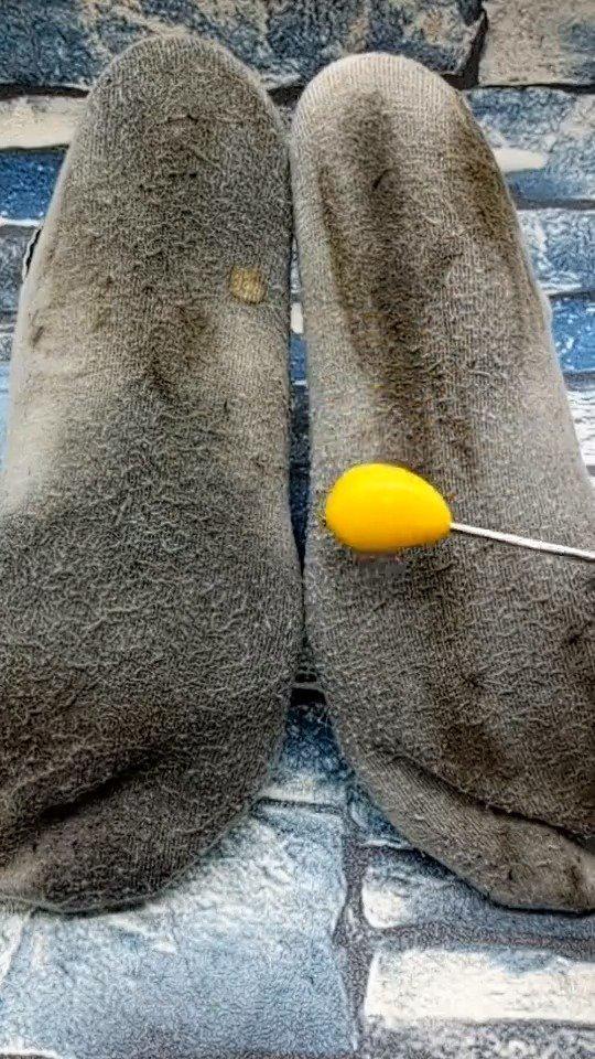 白袜子穿脏了这样清洗立刻焕然一新