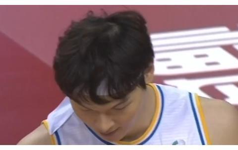 19-2开局+领先13分!福建队迎来4连胜,王哲林4分陈林坚10分