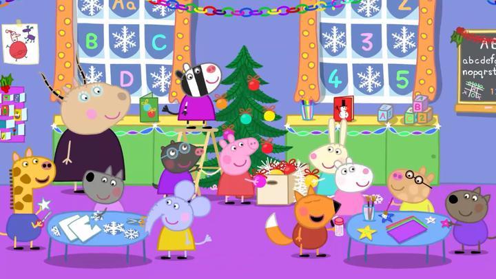 小猪佩奇:圣诞节到啦,宝宝都在准备圣诞节的事情,好热闹呀