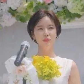 女孩想要的完美婚礼没错了!请多给点礼金吧!