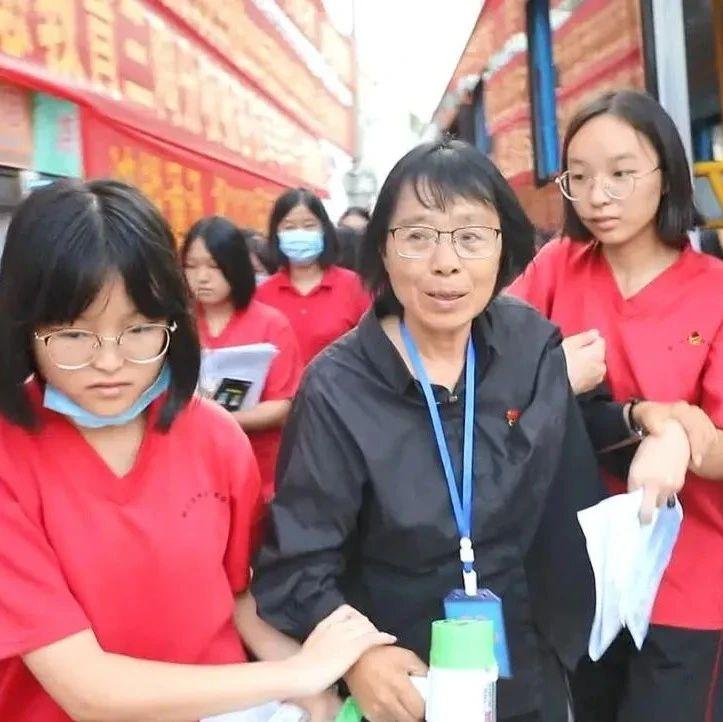 送考10年不缺席,张桂梅老师,辛苦了!