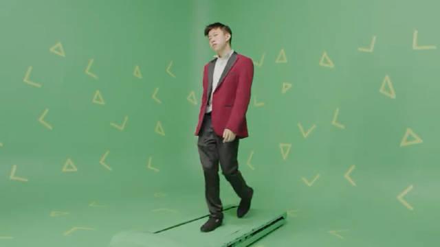 七哥Rich Brian 新单《Love In My Pocket》官方MV首播!