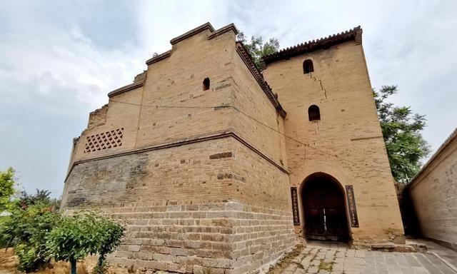 山西一座不起眼的小村庄,古院落云集,最富盛名的院子建了18年