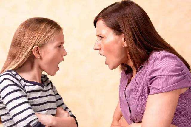 """孩子不听话总是唱反调,亲子沟通成问题?""""4C法则""""是对症良药"""