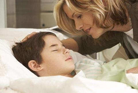 """不摸妈妈就睡不着?这是孩子""""皮肤饥饿""""的表现,巧用3招改善"""