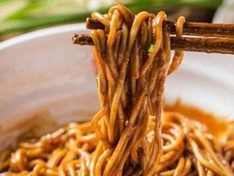 夏季美食:鸡腿卷、家常热干面、骨汤煮面、意式煎羊腿