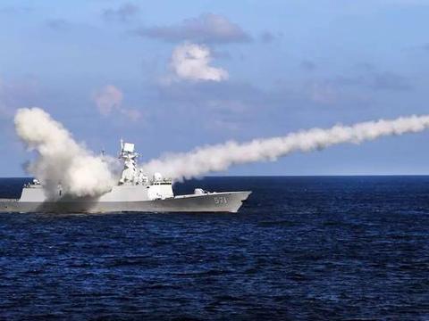 中国海军西沙军演场面大,美军战舰太少很丢人,五角大楼提出抗议