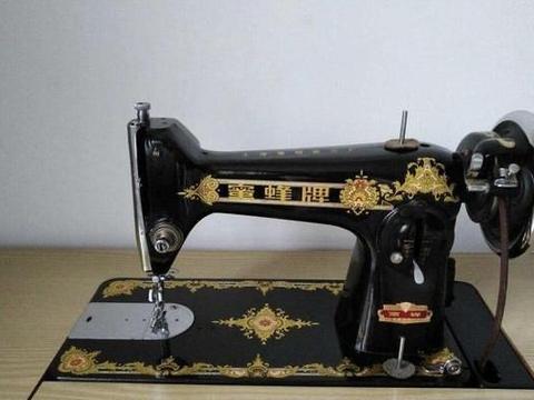 有传言说一台老式缝纫机可以卖到18000元,是这样吗?看完有数了