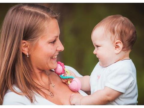 孩子社交能力差?妈妈赶紧自检,很多是宝妈导致还不自知