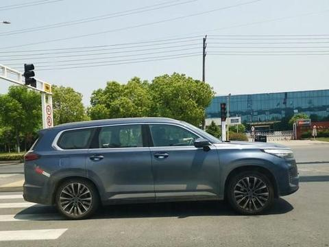 星途VX内饰定妆照,贯穿大屏7座布局!奇瑞最大的SUV