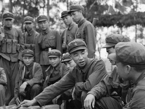 战将李作成:对越自卫反击战任连长,36年后成陆军司令,被授上将