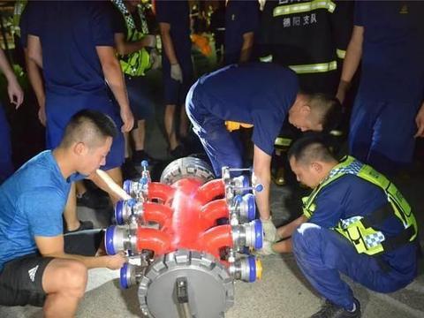 德阳广汉鞭炮厂爆炸现场明火被扑灭