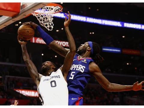"NBA第一任""超八""!被FMVP洗脑,降薪50%,主动放弃4年薪水"