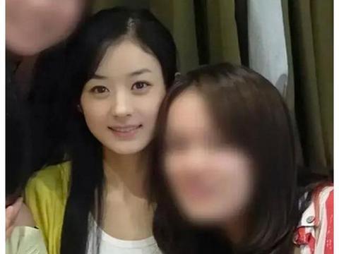 赵丽颖10年前旧照,甜美可爱,没滤镜的年代细节一目了然