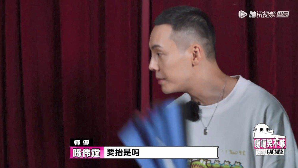 """陈伟霆配合钱健夫扮演蜡像 """"认真的蜡像馆""""开业!"""