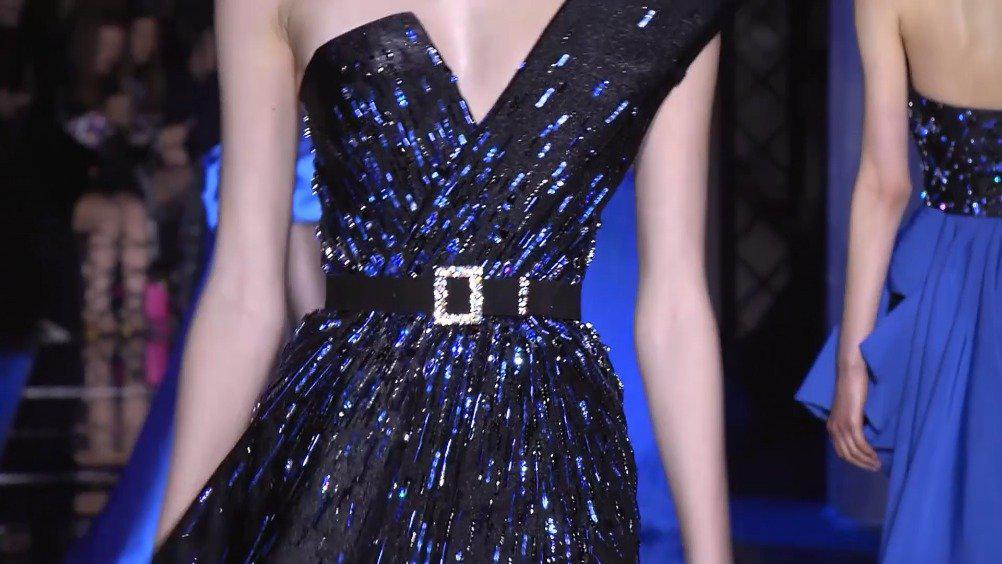 静谧蓝、夜空蓝、深邃蓝……蓝色系礼服,太美了