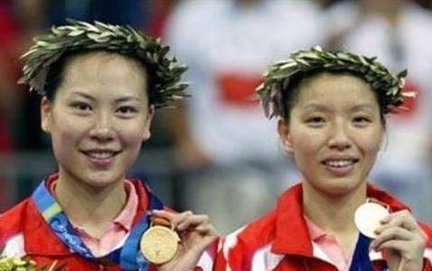 四位为爱情放弃国籍,远赴千里之外嫁给老外的女运动员