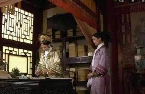 甄嬛传:想不到小厦子这个大嘴巴竟泄漏了那么多秘密!