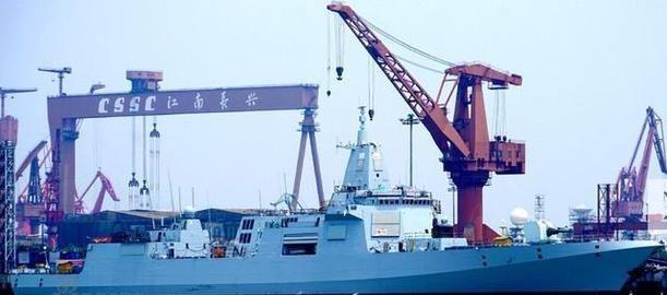 辽宁舰启动需要十几个小时,那055需要多久?不亏是海军骄傲!