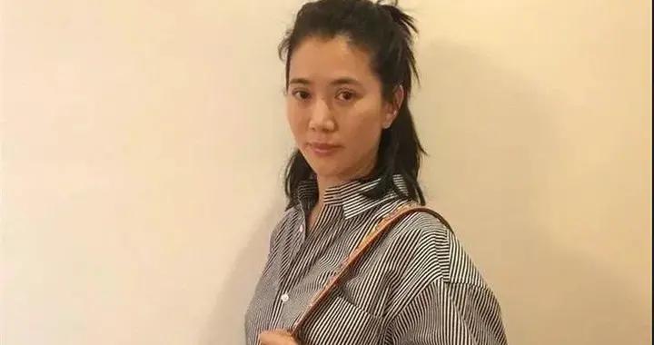 你以为袁咏仪只爱爱马仕?其实她的腕表,更是多到数不清