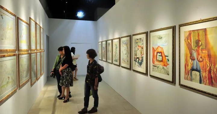 离世30多年艺术创作却留下长久讨论!这个展览带你重新认识达利