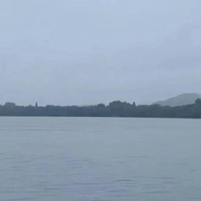 湘江长沙站水位距警戒水位仅0.05米,浏阳河、捞刀河今晨出现洪峰
