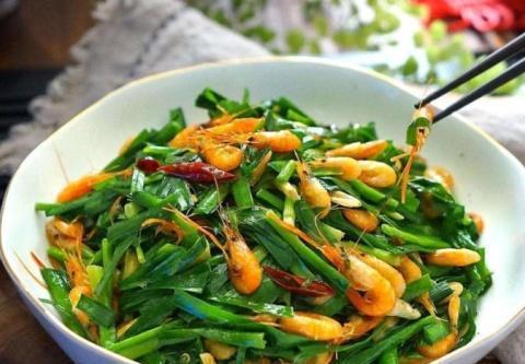 韭菜和它炒,孩子多吃促进身高发育,比吃鸡蛋牛奶强,家长要知道
