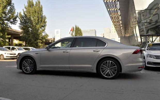 大众也有难卖的好车,6.3秒破百,比奥迪A6L还厚道,月销才895台