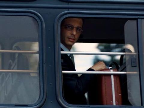 马修·麦康纳、安妮·海瑟薇主演的惊悚片《宁静》,值得一看!
