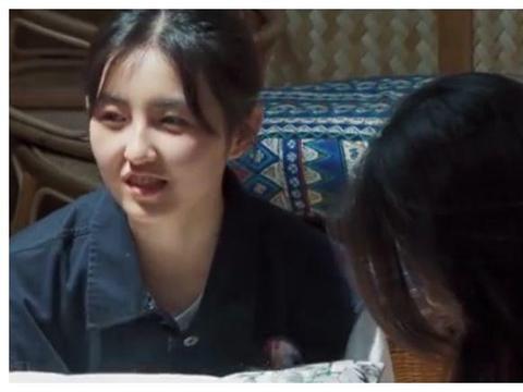 当蘑菇屋遇上网红特效,欧阳娜娜没啥,看到张子枫:不愧是初恋脸