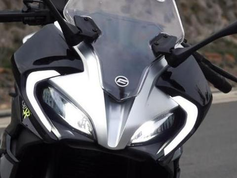 廉价却是精品摩托!27马力249cc,高速100不飘,均价仅1.9万