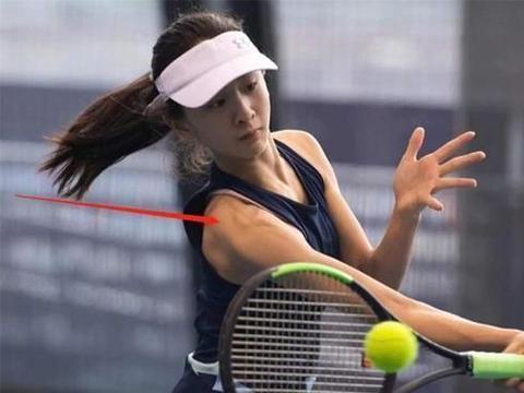 12岁森碟开启职业网球之路,网友关注点却跑偏:手臂肌肉线条好赞