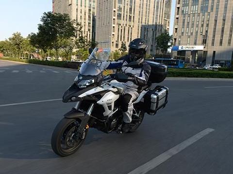 不该被忽视的拉力车!500cc双缸水冷,颜值彰显档次,均价3.6万