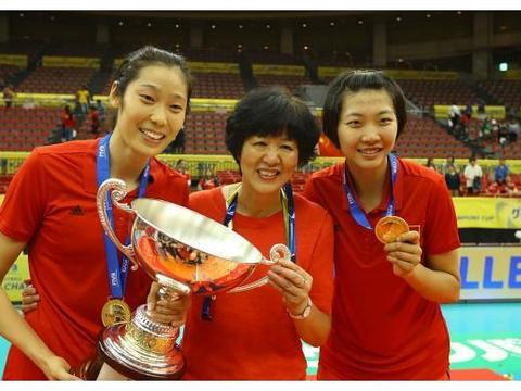 谁是中国女排国家队主教练郎平的接班人?关键在于朱婷、李盈莹